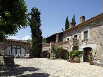 Maison unifamiliale for sales at Magnifique mas du 17ème siècle avec terrain  Baix Emporda, Costa Brava 17116 Espagne