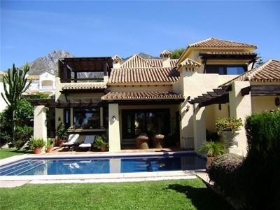 Tek Ailelik Ev for sales at Delightful villa located in the Golden Mile  Marbella, Costa Del Sol 29600 Ispanya