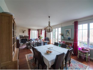 Single Family Home for sales at Family Home  Other Ile-De-France, Ile-De-France 78640 France