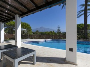 Additional photo for property listing at Totally renovated villa in Nueva Andalucia  Marbella, Costa Del Sol 29660 Spain