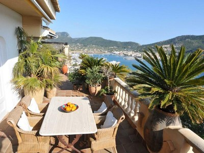 Apartment for sales at Apartment With Sea And Harbour Views  Port Andratx, Mallorca 01757 Spain