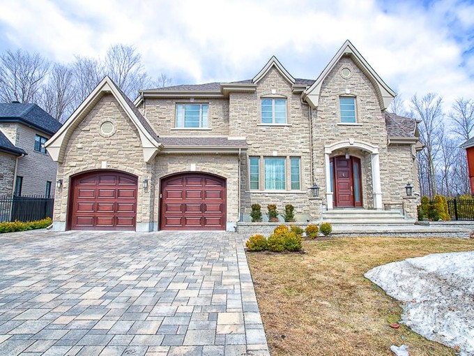 Casa Unifamiliar for sales at Ile Bizard    Montreal, Quebec H9C 3B1 Canadá