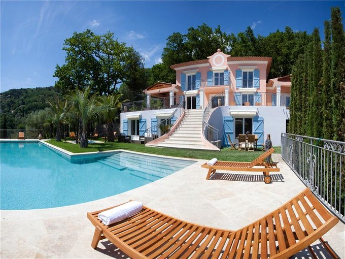 Residencial - Outro for sales at Luxury newly built villa in a quiet area  Grasse, Provença-Alpes-Costa Azul 06130 França