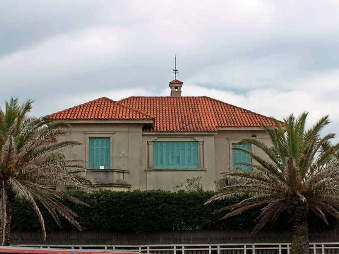 Maison unifamiliale for sales at 1942 Casona from Carrasco Rambla Mexico Other Montevideo, Montevideo 11500 Uruguay