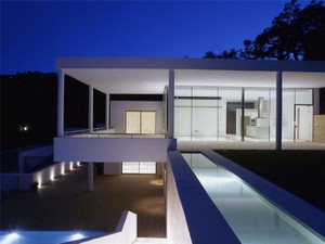 Additional photo for property listing at Contemporary villa east of Marbella Town  Marbella, Costa Del Sol 29600 Spain