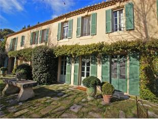 Farm / Ranch / Plantation for sales at Authentic 17th century farmhouse on 31 hectares  Saint Remy De Provence, Provence-Alpes-Cote D'Azur 13210 France