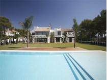 Maison unifamiliale for sales at Front-line golf in Guadalmina    Marbella, Costa Del Sol 29670 Espagne