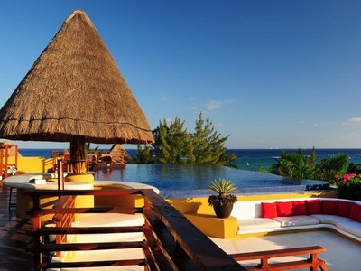 Condominium for sales at PUEBLITO ESCONDIDO PRIVILEGE CONDO Lote 2 Mza 8 SM 0  , calle treinta y ocho norte entre la cal Playa Del Carmen, Quintana Roo 77728 Mexico