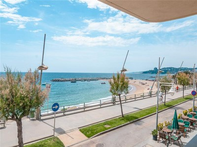 公寓 for sales at Beautiful beachfront loft  Sant Antoni De Calonge, Costa Brava 17252 西班牙