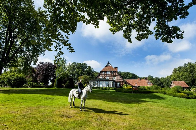 Ferme / Ranch / Plantation for sales at Luxurious Estate with professional Horse Farm near  Other Lower Saxony, Basse-Saxe 28857 Allemagne