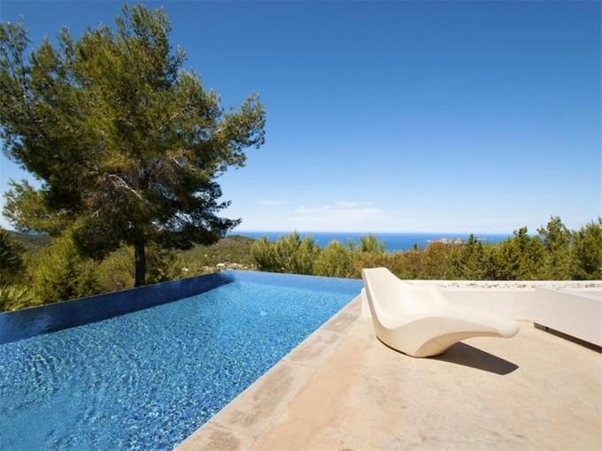 Частный односемейный дом for sales at Вилла с чудесными видами на море в Кала-Тарида  San Jose, Ивиса 07830 Испания