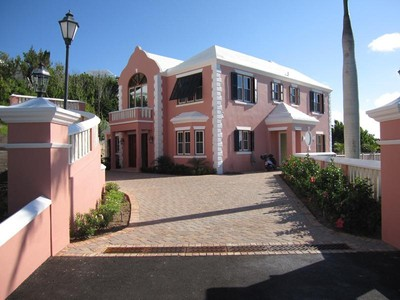 Residência urbana for sales at Ships Hill 27, Tuckers Point  St Georges Parish, Bermuda HS 02 Bermuda