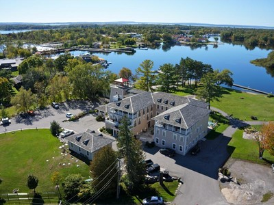 for sales at Four Season Boutique Resort 2900 Kellys Road Muskoka, Ontario L0K 2C0 Canada