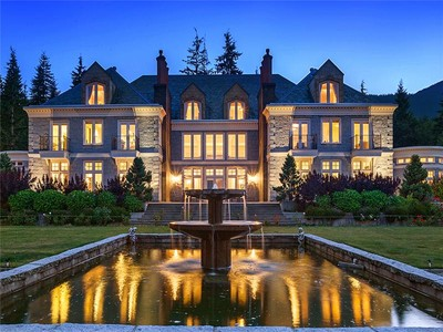 Maison unifamiliale for sales at Exquisite English Manor Estate 1393 Port Mellon Highway Gibsons, Colombie-Britannique V0N 1V6 Canada