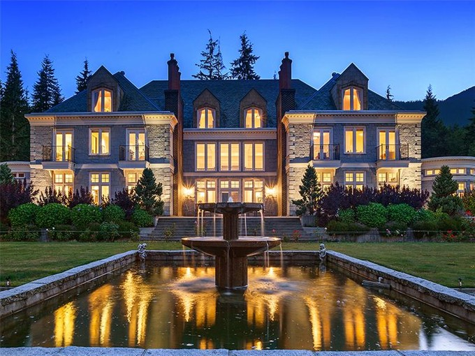 단독 가정 주택 for sales at Exquisite English Manor Estate 1393 Port Mellon Highway Gibsons, 브리티시 컬럼비아주 V0N 1V6 캐나다