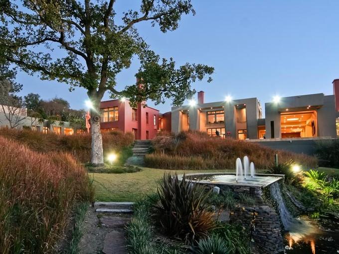 Tek Ailelik Ev for sales at Stewart Place  Johannesburg, Gauteng 2000 Güney Afrika