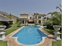 Maison unifamiliale for sales at Elegant villa enjoying spectacular sea views  Marbella, Costa Del Sol 29600 Espagne