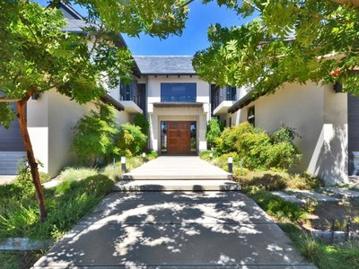 Nhà ở một gia đình for sales at Grandeur overlooking Golf course  Paarl, Western Cape 7646 Nam Mỹ