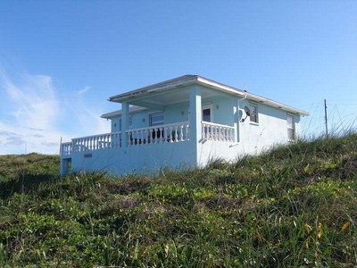 Maison unifamiliale for sales at Island Time Ocean Drive & Smuggler's Hill Road Rainbow Bay, Eleuthera . Bahamas