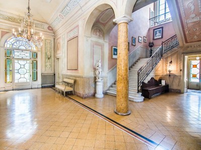 Villa for vendita at Elegante Villa storica a Parma Porporano Parma, Parma 43123 Italia