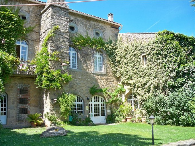"Casa multifamiliare for sales at BEAUTIFUL HOUSE STYLE ""BASTIDE"" OF THE 13TH CENTUR  Other Languedoc-Roussillon, Languedoc-Roussillon 11000 Francia"