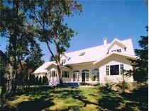 Casa para uma família for sales at Aston House 205 Quarry Drive   Salt Spring Island, Columbia Britanica V8K1J2 Canadá