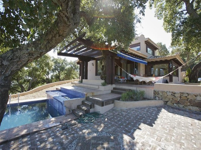 Maison unifamiliale for sales at Rustic villa situated high up in the hills east of  Marbella, Costa Del Sol 29600 Espagne