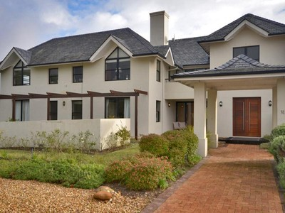 Villa for sales at 4 Bedroom family home on Pearl Valley Golf Estate  Paarl, Capo Occidentale 7646 Sudafrica