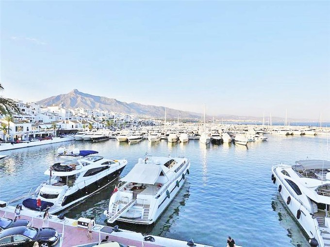 公寓 for sales at A very well situated apartment with fantastic view  Marbella, Costa Del Sol 29660 西班牙