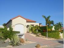 Vivienda unifamiliar for sales at Beautiful and Cozy Villa Malmok, Aruba Aruba