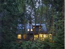 Casa para uma família for sales at A Storybook Setting 161 Lawnhill Drive   Salt Spring Island, Columbia Britanica V8K 1M9 Canadá