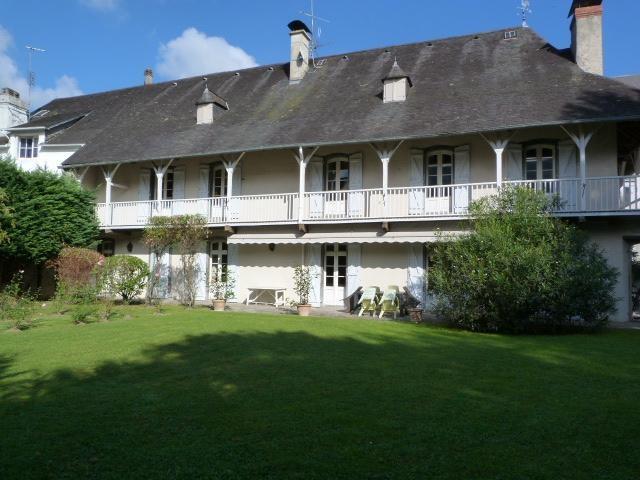 Casa Unifamiliar Adosada for sales at TOWN HOUSE  Pau, Pirineos Atlánticos 64000 Francia