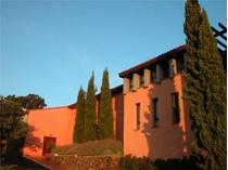 Nhà ở một gia đình for sales at DOMAINE D'EXCEPTION AVEC VUE A COUPER LE SOUFFLE !  Perpignan, Languedoc-Roussillon 66700 Pháp