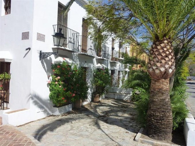 Maison de Ville for sales at Delightful townhouse in a Andalusian village  Marbella, Costa Del Sol 29600 Espagne