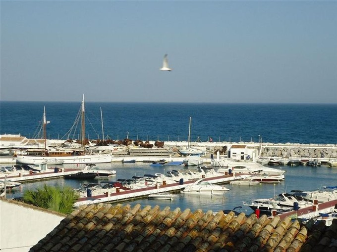 Appartement for sales at In the heart of Puerto Banus  Marbella, Costa Del Sol 29660 Espagne