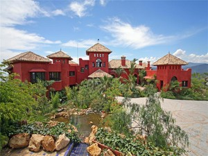 Einfamilienhaus for Verkäufe at Spectacular villa with stunning sea views  Benahavis, Costa Del Sol 29679 Spanien