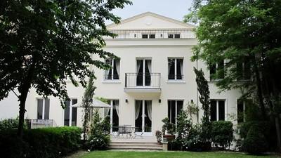 Autre Bien Résidentiel for sales at Hôtel Particulier - Boulogne  Paris, Paris 92200 France