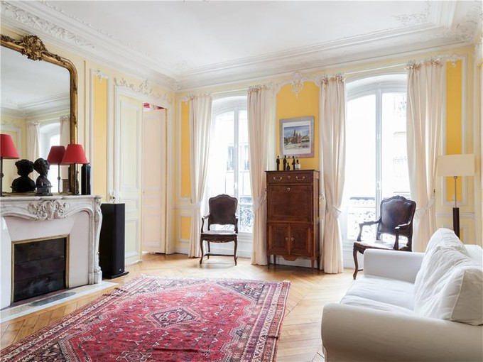 Apartamento for sales at Apartment - Arc de Triomphe  Paris, Paris 75008 França