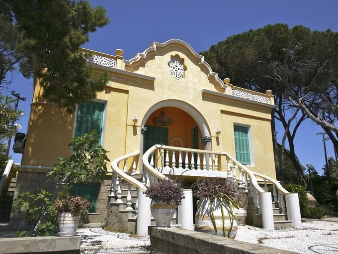獨棟家庭住宅 for sales at Art Nouveau Elegance Lindos Rhodes, 愛海琴南部 85100 希臘