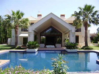 Maison unifamiliale for sales at A superb family home in the of the golf valley  Marbella, Costa Del Sol 29660 Espagne