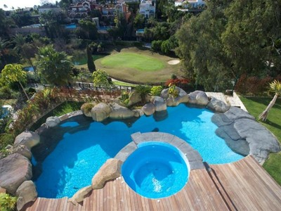 Maison unifamiliale for sales at Lovely new villa offering lovely views  Benahavis, Costa Del Sol 29679 Espagne