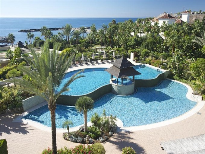 Căn hộ for sales at Extraordinary penthouse front-line beach  Marbella, Costa Del Sol 29660 Tây Ban Nha