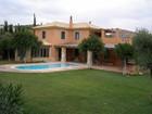 Moradia for  rentals at Villa Alonsoa Vari  Vari, Attiki 16672 Grécia