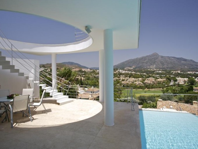 Maison unifamiliale for sales at delightful modern villa  Marbella, Costa Del Sol 29660 Espagne