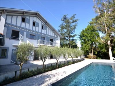 Villa for sales at Chiberta  Biarritz, Aquitania 64600 Francia