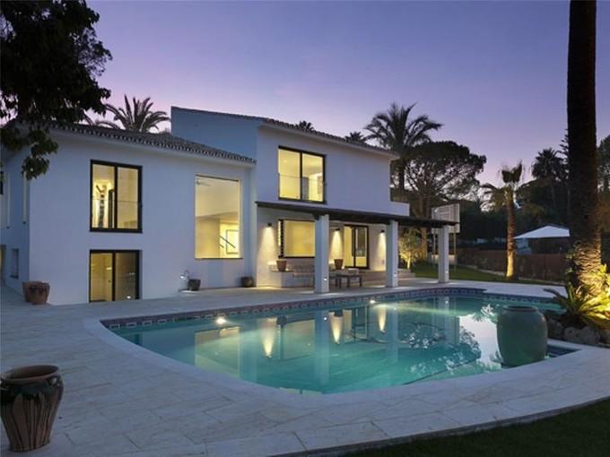 Casa para uma família for sales at Totally renovated villa in Nueva Andalucia  Marbella, Costa Del Sol 29660 Espanha