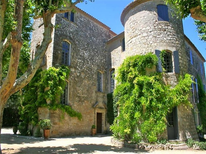 Casa Multifamiliar for sales at UZES, CHÂTEAU ISMH AU PASSÉ PRESTIGIEUX  Uzes, Languedoc-Rosellón 30700 Francia