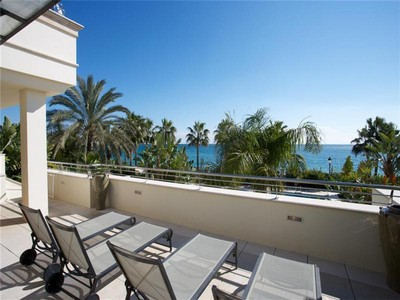 公寓 for sales at A unique property in a privileged position.  Marbella, Costa Del Sol 29600 西班牙