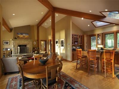 Casa para uma família for sales at Extraordinary Pacific Northwest Contemporary 203 Pringle Farm Road  Salt Spring Island, Columbia Britanica V8K 2Y2 Canadá