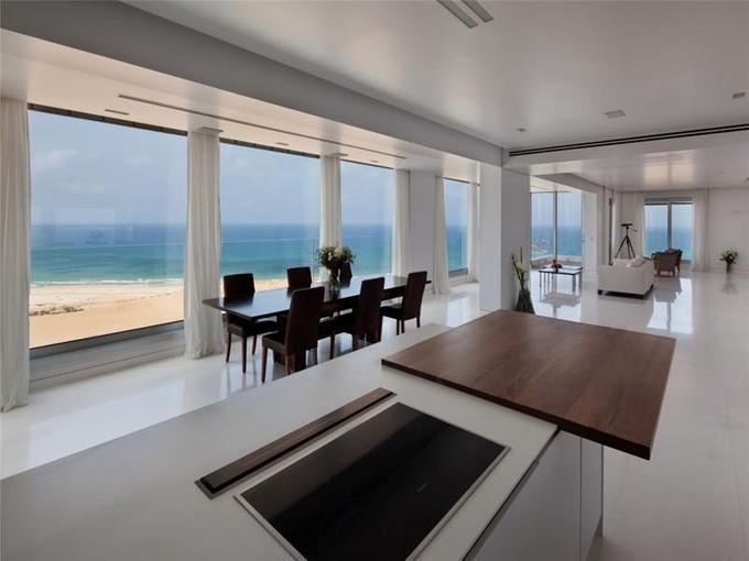 Apartment for sales at 360 degrees Sea view apartment in Netanya  Netanya, Israel 426950 Israel